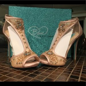"""bf85965ff6a Betsey Johnson Shoes - BLUE BETSEY JOHNSON HOLLY 7 1 2 CHAMPAGNE 4"""" HEEL"""